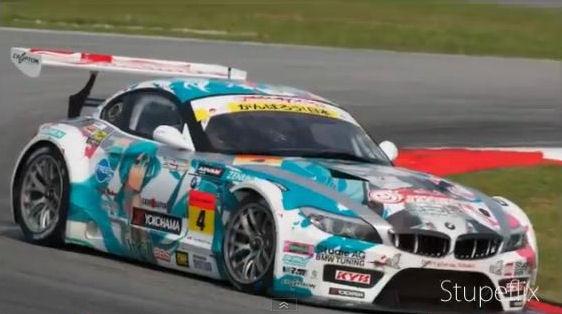 Good Smile Racing, Hatsune Miku BMW Car Memenangkan Super GT Race (GT300) 1402