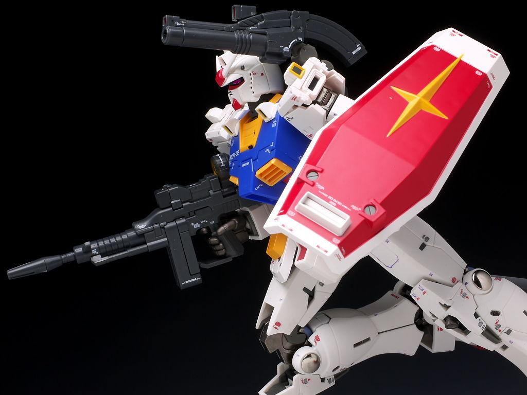 Bandai MG 1/100 RX-78-02 GUNDAM (THE ORIGIN)