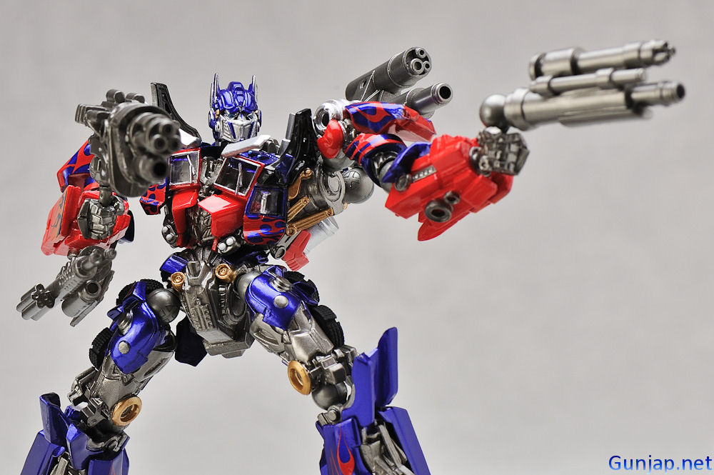 Sci Fi Transformer : New p review revoltech sci fi series no optimus
