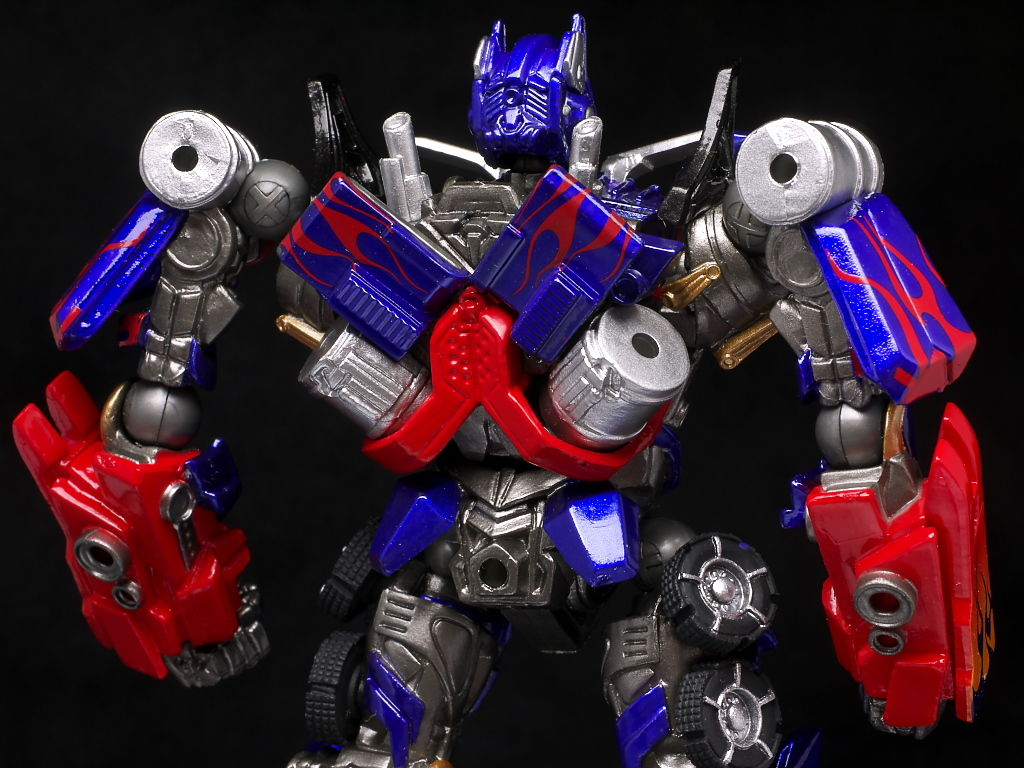 full review: revoltech sci-fi series no.030 optimus prime