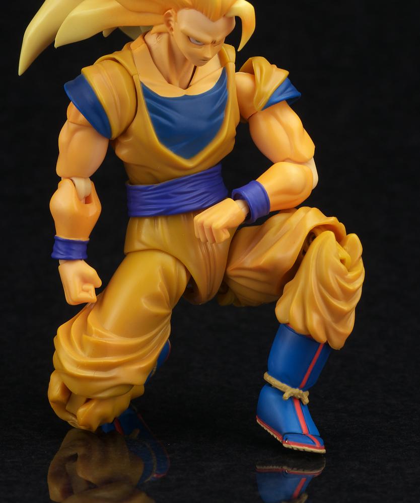 Review S H Figuarts Dragon Ball Kai Super Saiyan 3 Son