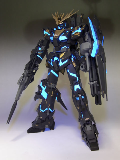 Mg 1 100 Rx 0 Unicorn Gundam 02 Banshee Assembled Painted Remodeled