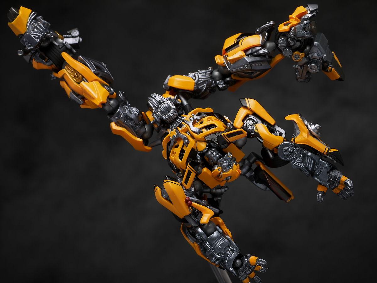 Sci Fi Transformer : Revoltech sci fi no bumblebee dark of the moon full