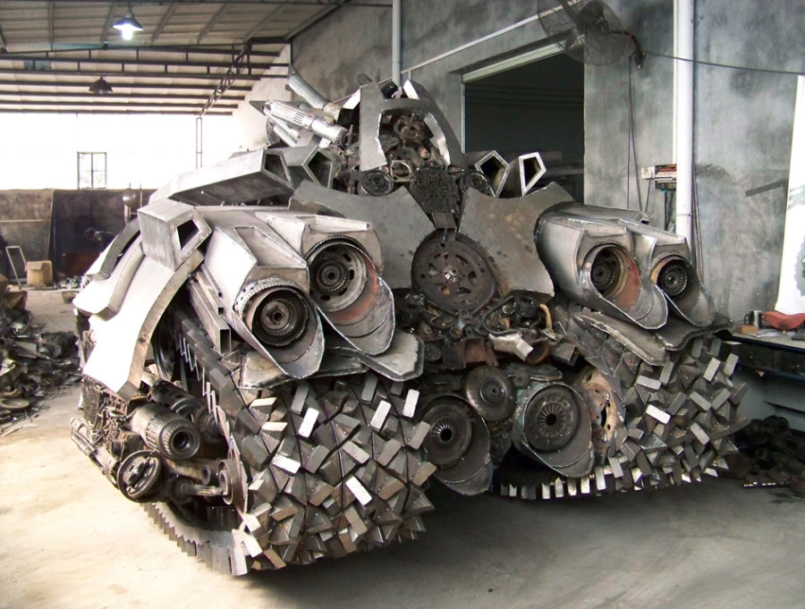 Transformers Megatron Tank by Metalcraft Factory in ...