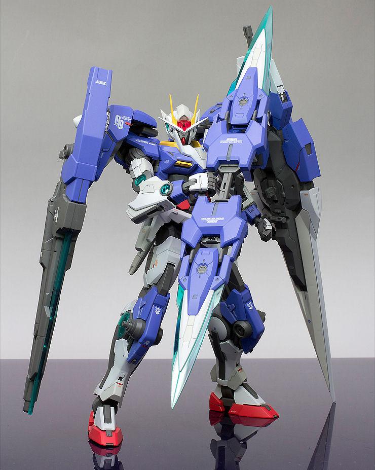MG 1/100 GN-0000GNHW/7SG Gundam 00 Seven Sword/G: Modeled