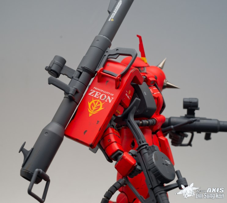 MG 1/100 MS-06R-2 Zaku II J  Ridden Custom: Modeled by chrom20  Full