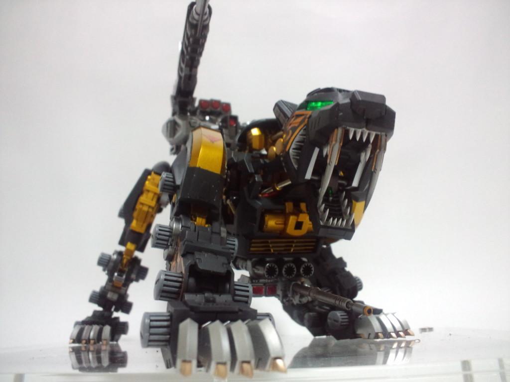 CA3F0556