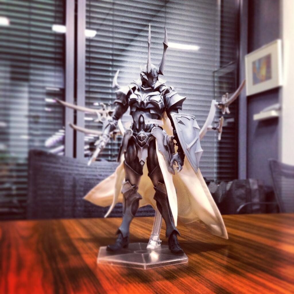 [Square Enix] Play Arts Kai Final Fantasy Variant 光之戰士