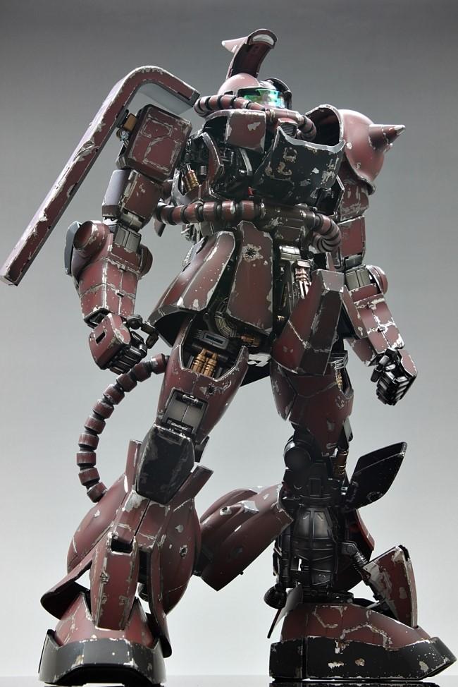 Char S Zaku Painted Like Gundam