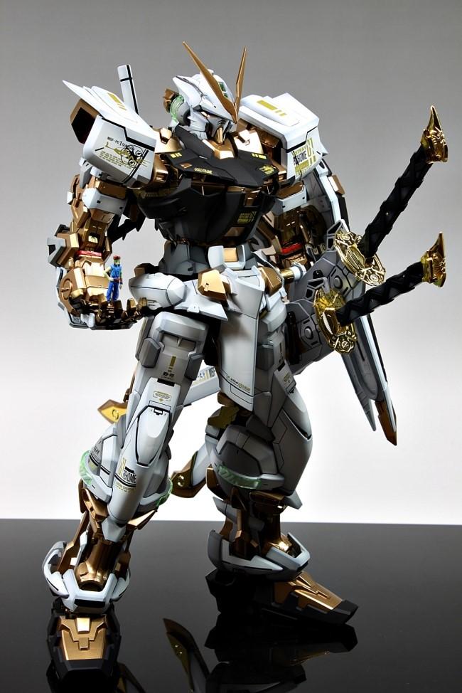 Pg 1 60 Gundam Astray Mbf P02 Gold Frame Full Photoreview