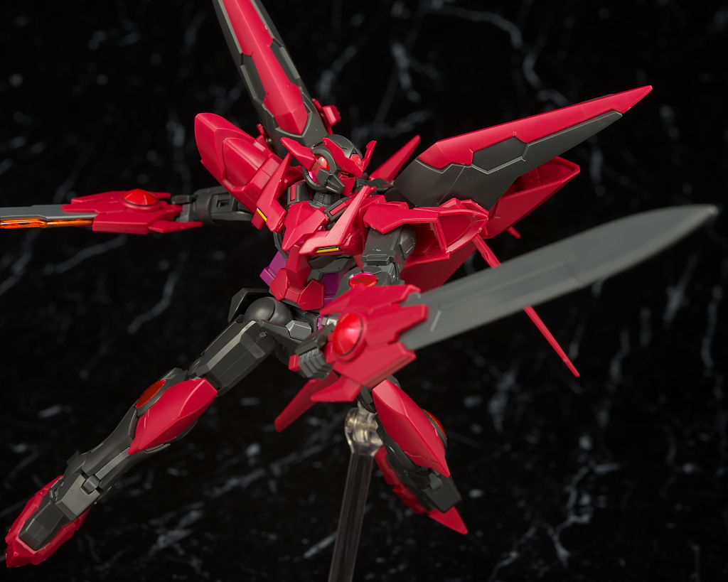 HGBF 1/144 Gundam Exia Dark Matter + HGBC 1/144 Dark