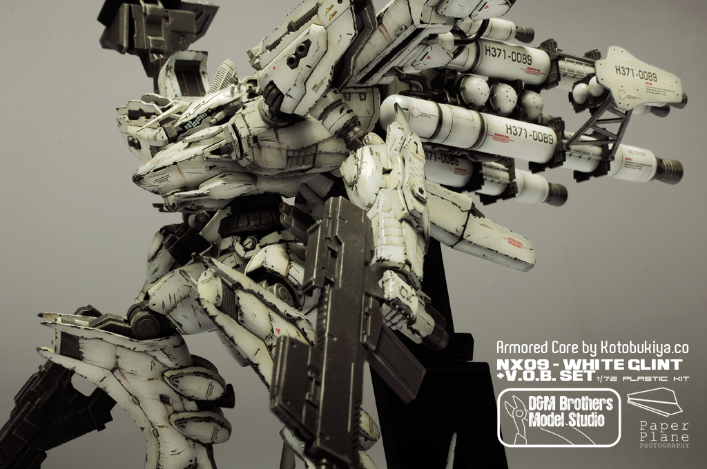 [Armored Core] Kotobukiya 1/72 NX09 White Glint + V.O.B. Set: Work by D&M Brothers Model Studio. Mega Full Photoreview [Closeups too] No.99 Wallpaper Size Images!!!
