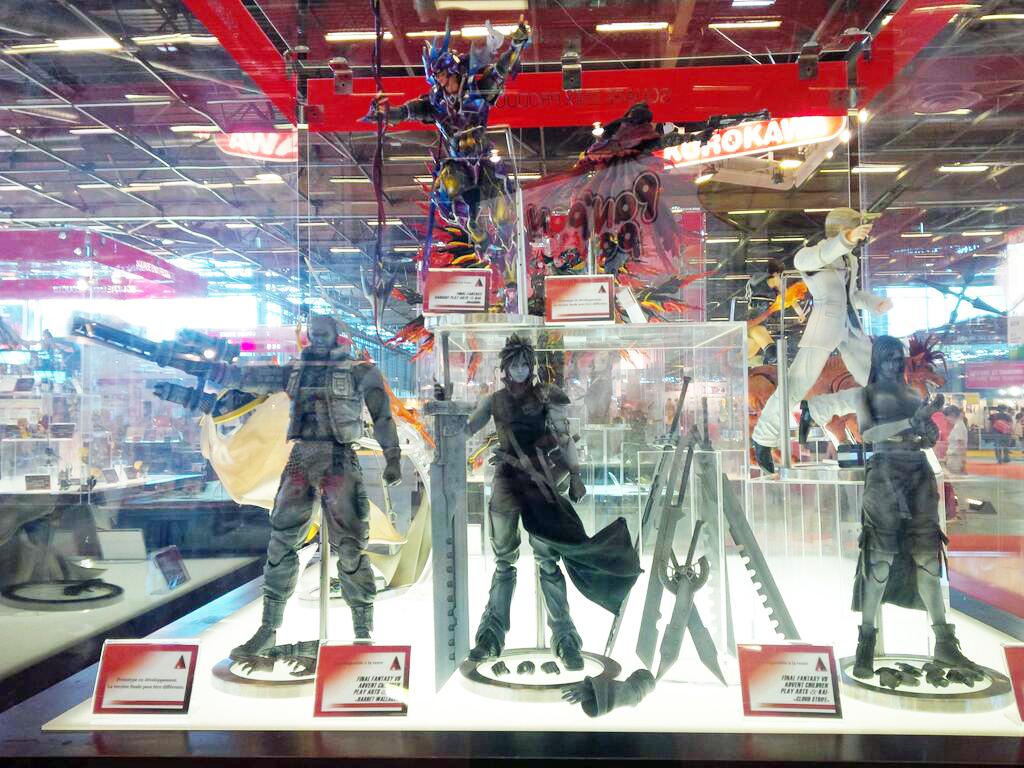 Japan EXPO France 2014 @ Paris: Square Enix exhibition. Play Arts Kai Series. Photoreport Wallpaper Size Images