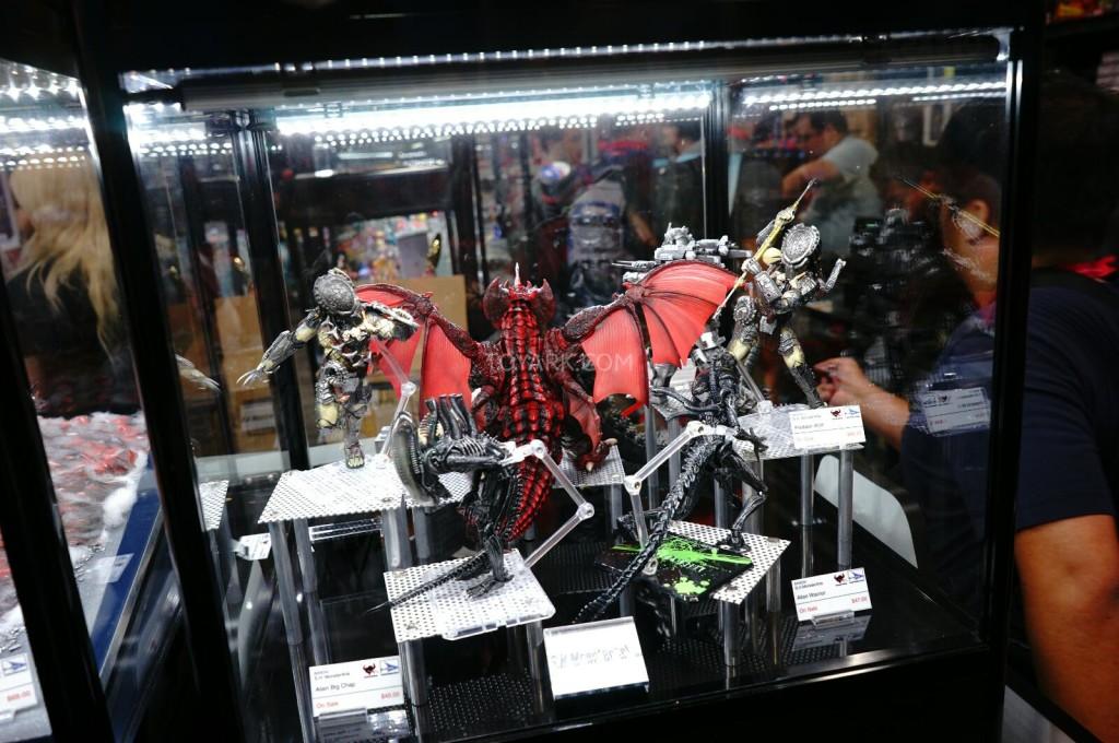 SDCC-2014-Tamashii-SH-Monsterarts-050