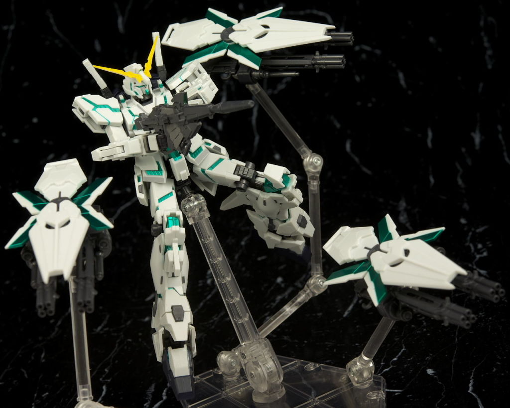 P-Bandai Robot Spirits Unicorn Gundam (Shield Funnel 装備) Full Detailed Photoreview [No.37 Hi res Images], Info Release
