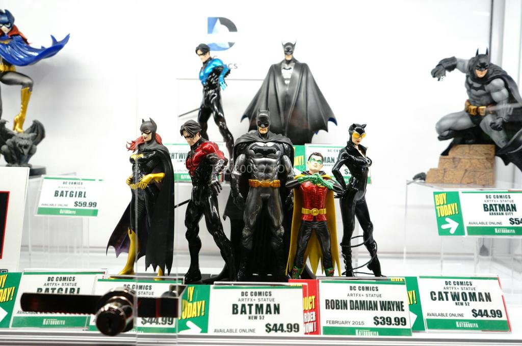 NYCC-2014-Kotobukiya-DC-comics-005