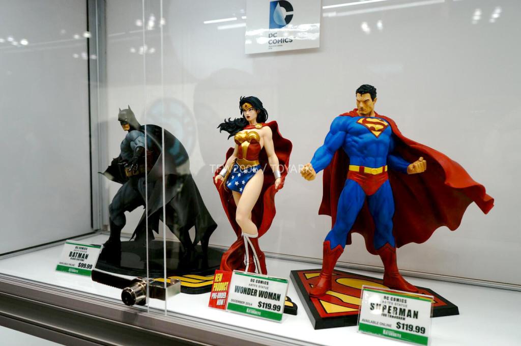 NYCC-2014-Kotobukiya-DC-comics-012