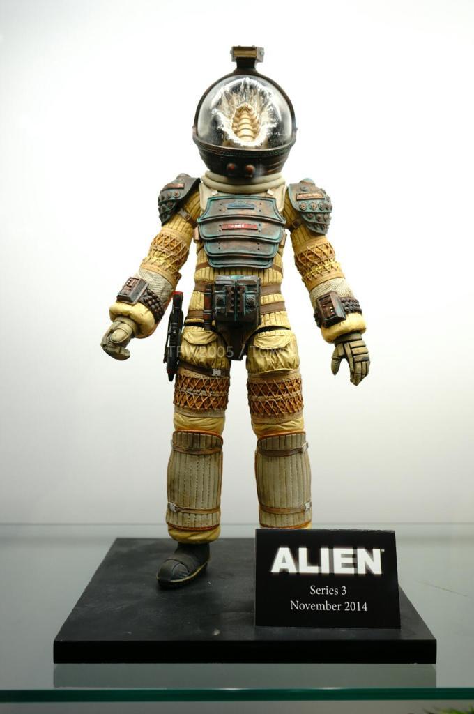 NYCC-2014-NECA-Aliens-004