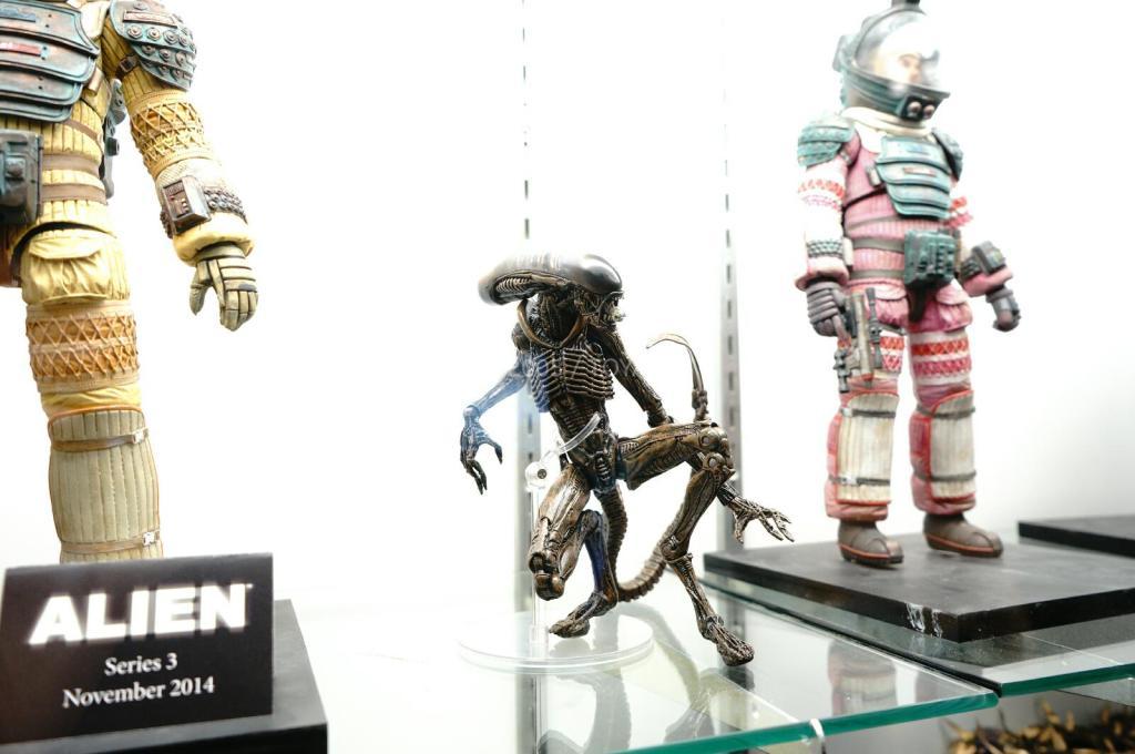 NYCC-2014-NECA-Aliens-006