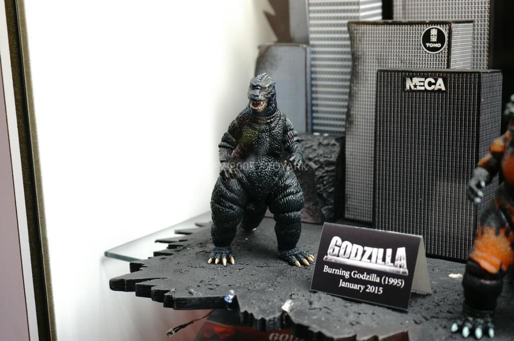 NYCC-2014-NECA-Godzilla-002