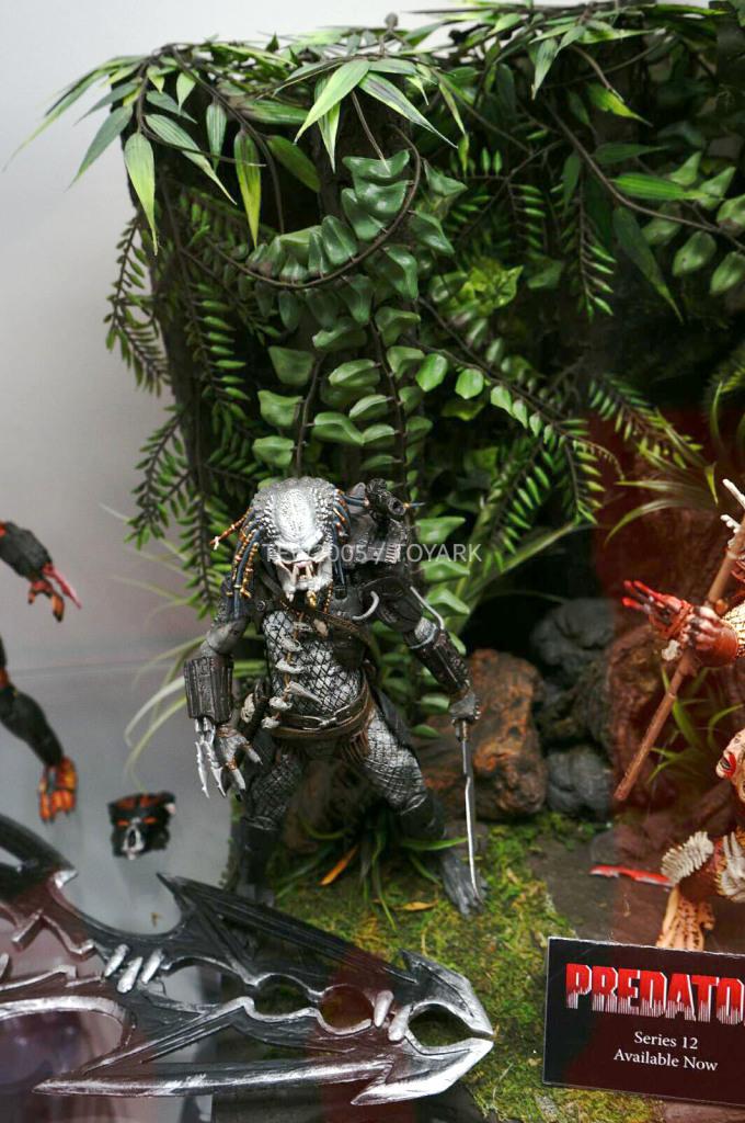 NYCC-2014-NECA-Predator-008