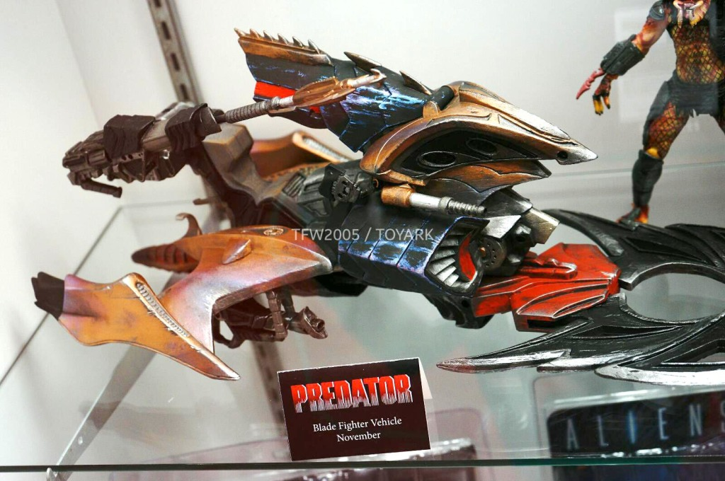 NYCC-2014-NECA-Predator-012