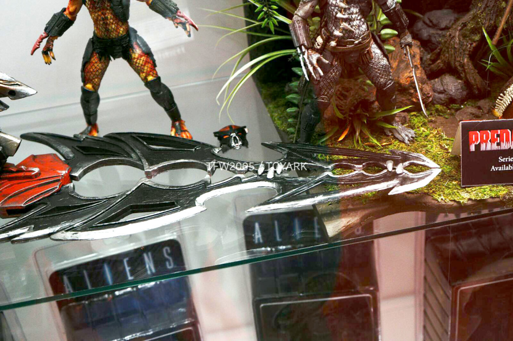 NYCC-2014-NECA-Predator-014