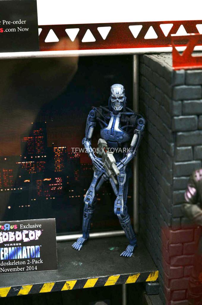 NYCC-2014-NECA-Video-Game-008