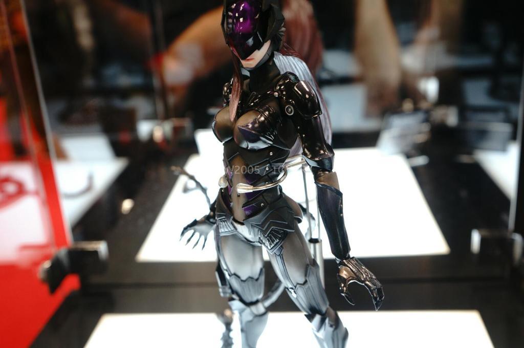 NYCC-2014-Play-Arts-Kai-DC-008