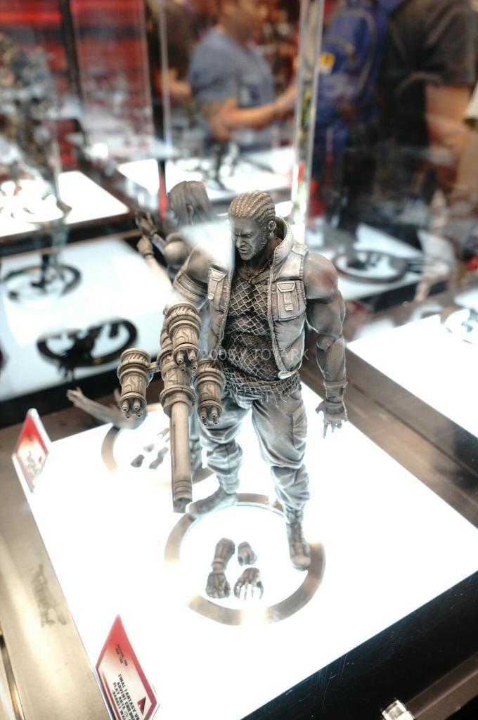 NYCC-2014-Play-Arts-Kai-Final-Fantasy-VII-010