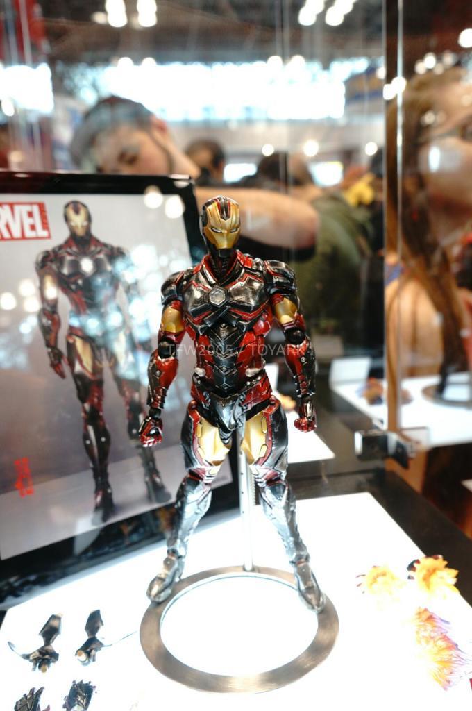 NYCC-2014-Play-Arts-Kai-Marvel-002