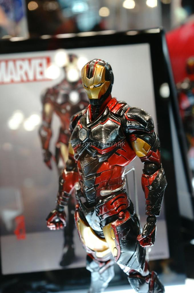 NYCC-2014-Play-Arts-Kai-Marvel-004