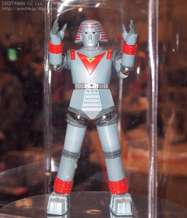DYNAMITE_ACTION_GIANT_ROBO_EVOLUTIONTOY