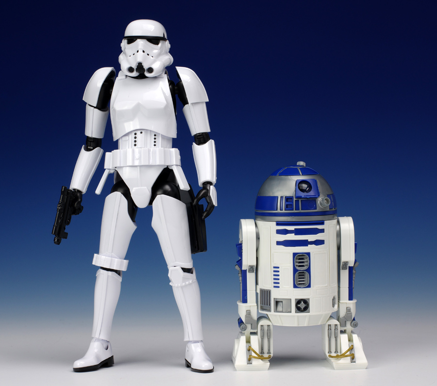 Risultati immagini per stormtrooper r2d2
