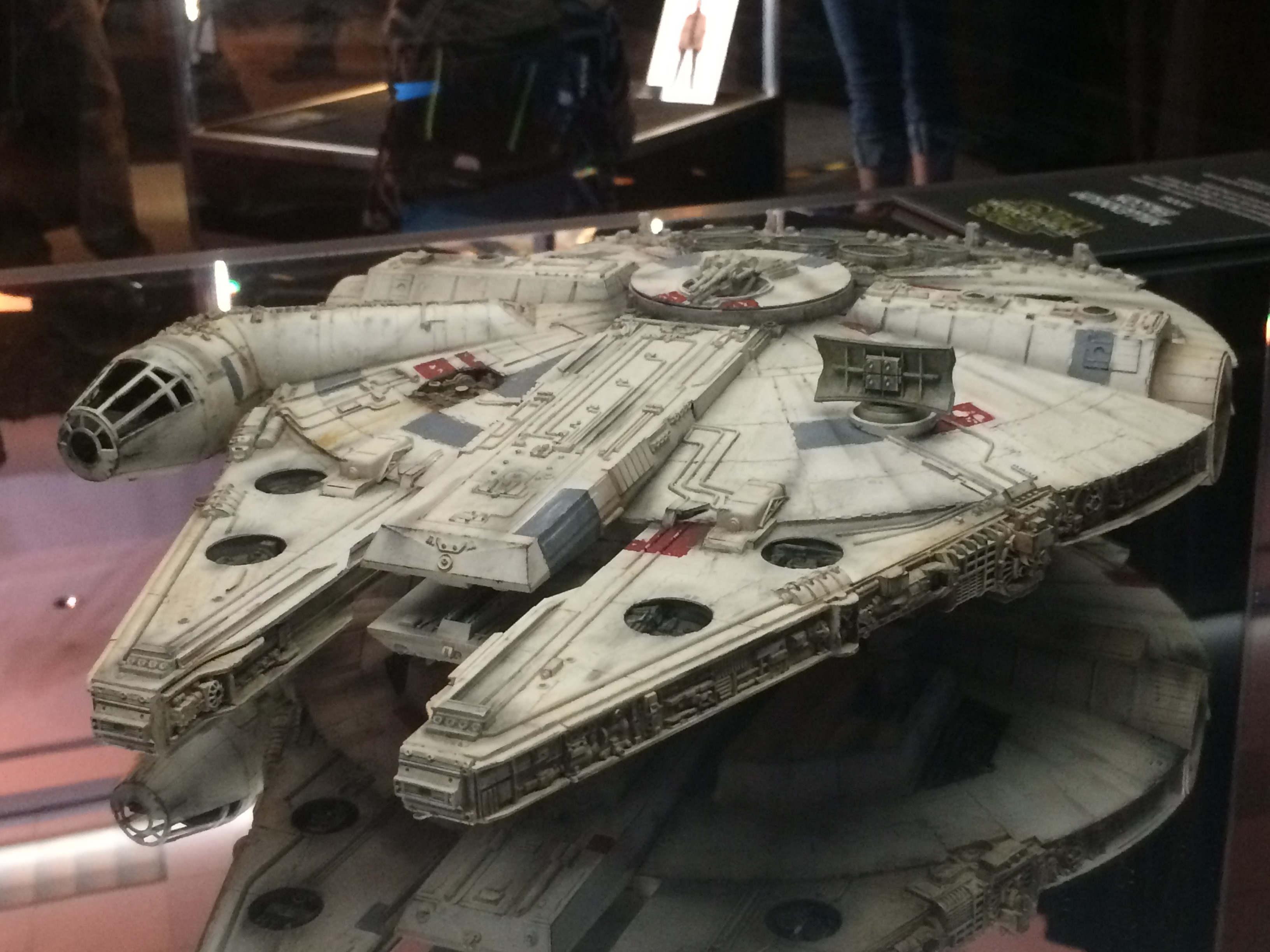 Props resistance x wing fighter millennium falcon new hi res images