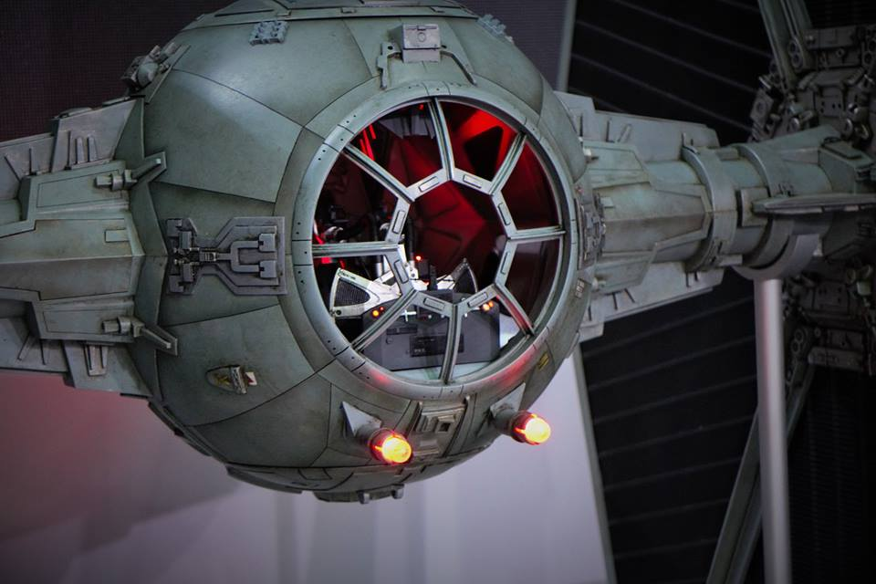 [ACGHK2015] AMAZING Star Wars Hot Toys 1:6 Millennium Falcon diorama, 1/6 TIE Fighter, Marvel Superheroes other! PHOTO REPORT! No.45 Images