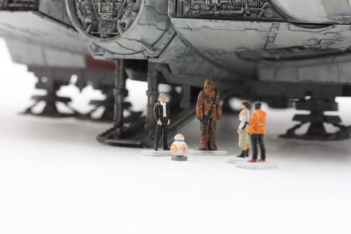 Charistma's Latest Work: Bandai x Star Wars The Force Awakens 1/144 Millennium Falcon. PhotoReview No.18 Big Size Images