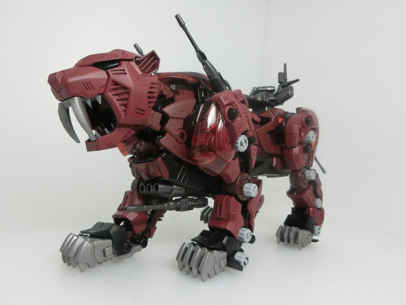 Takara-Tomy's Zoids Masterpiece 1/72 MPZ-02 Saber Tiger: Official Big Size Images, Info Release
