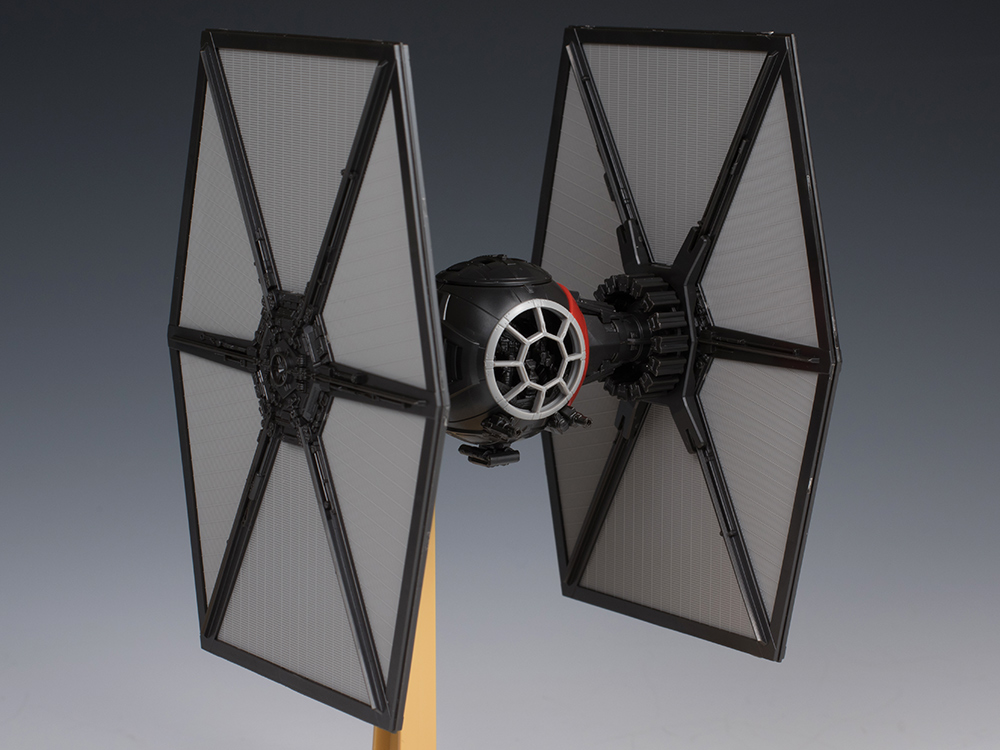 [FULL REVIEW] Bandai x Star Wars The Force Awakens 1/72 FIRST ORDER SPECIAL FORCES TIE FIGHTER. (No.34 Big Size Images, Info)