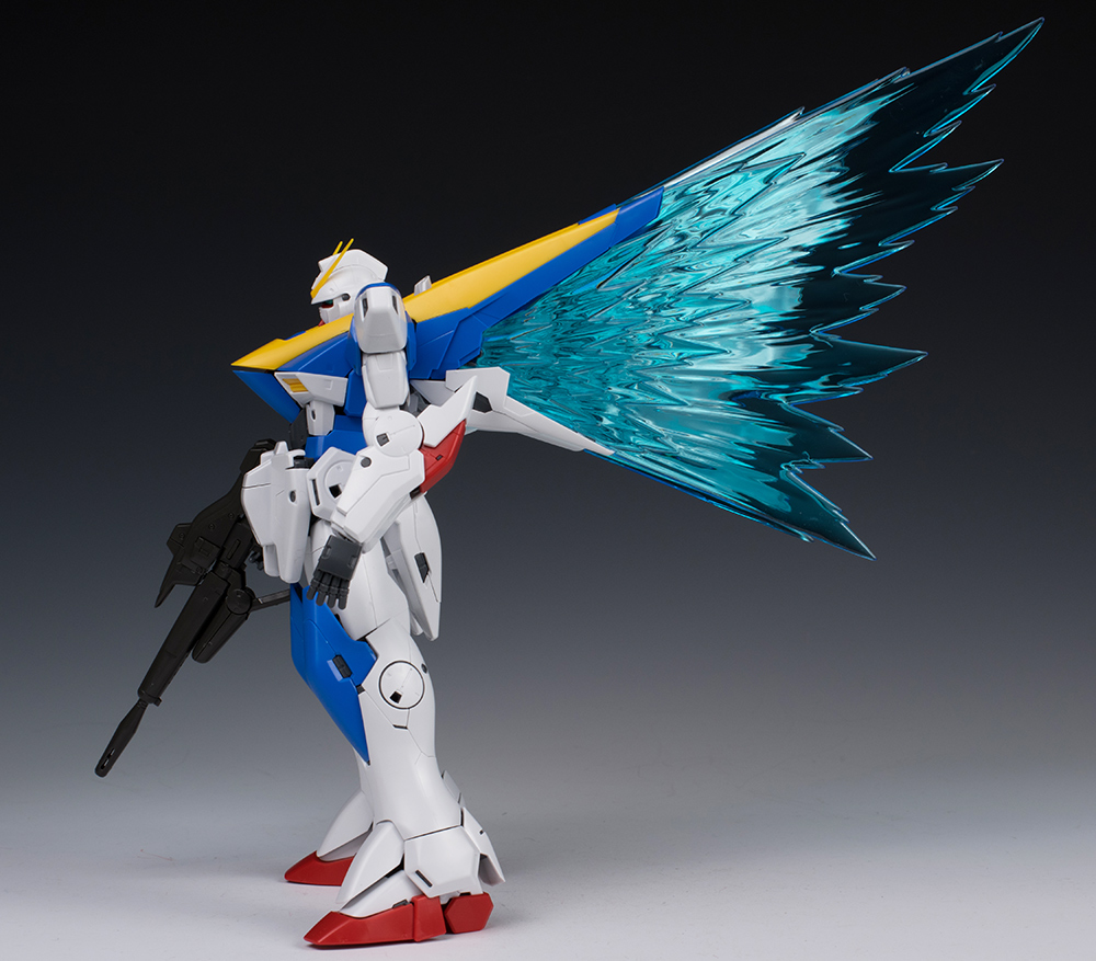 "Detailed REVIEW: P-Bandai MG 1/100 Expansion Effect Unit ""WINGS OF LIGHT"" for Victory Two Gundam Ver.Ka"