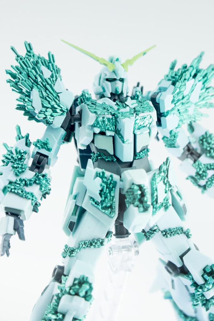 P-Bandai ROBOT魂 RX-0 UNICORN GUNDAM (CRYSTAL BODY VER.)