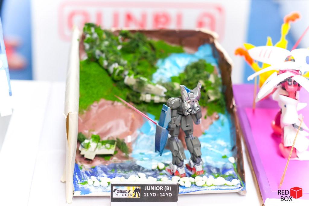 156-232redbox-141016