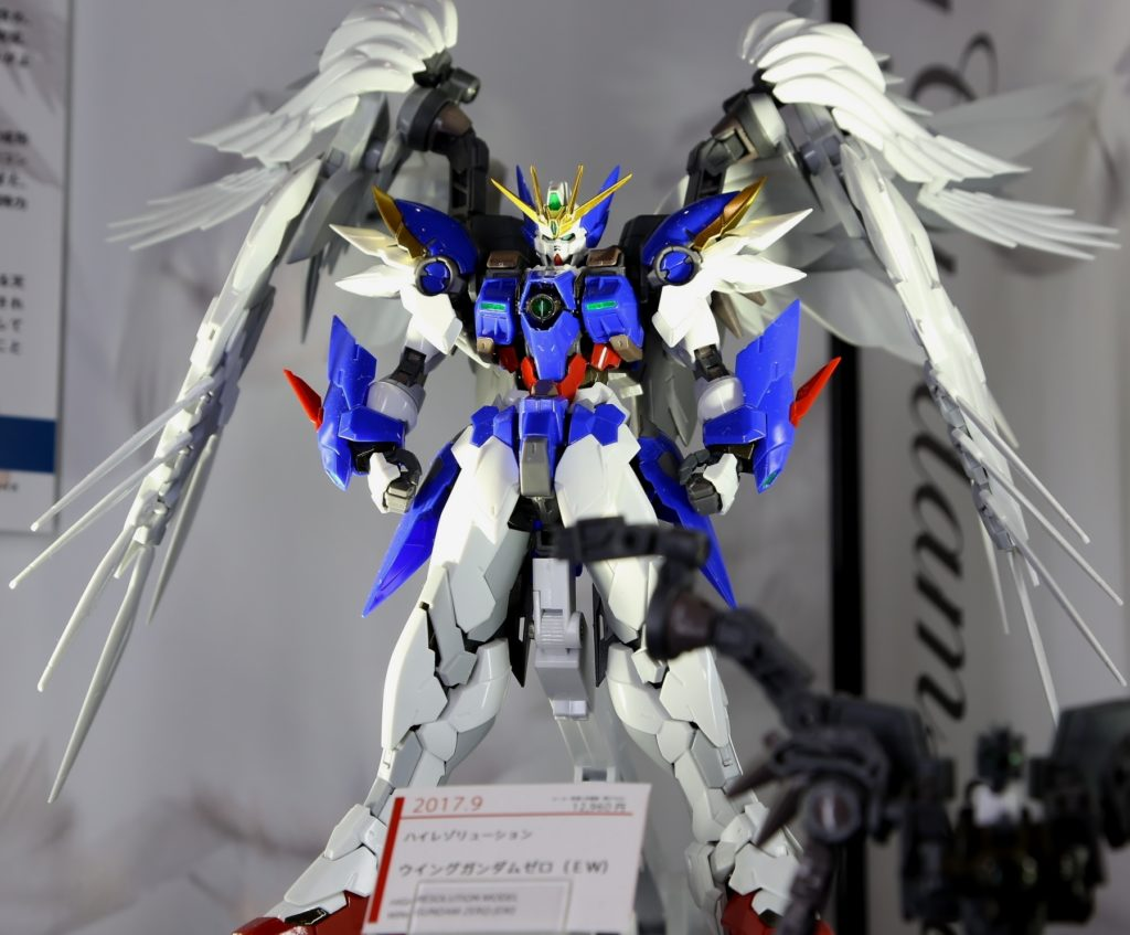 1/100 HI-RESOLUTION MODEL WING GUNDAM ZERO EW: Just Added Big Size Images (Inner-frame too) on Display, Info Release