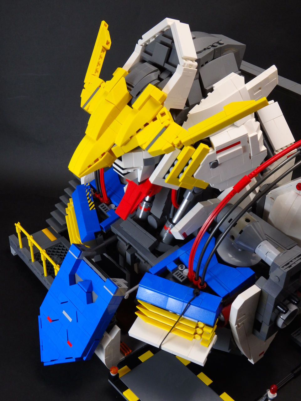 Jan_utyo's – LEGO – GUNDAM BARBATOS scratch-build Bust ...