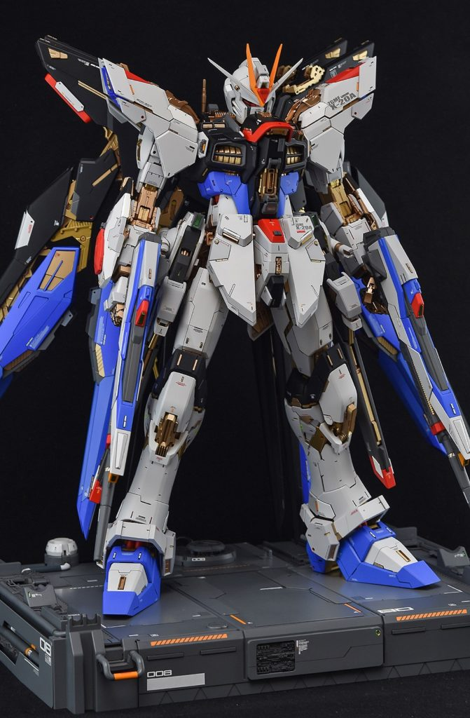 ghost's AMAZING PG 1/60 STRIKE FREEDOM GUNDAM: Full Photo Review, credits