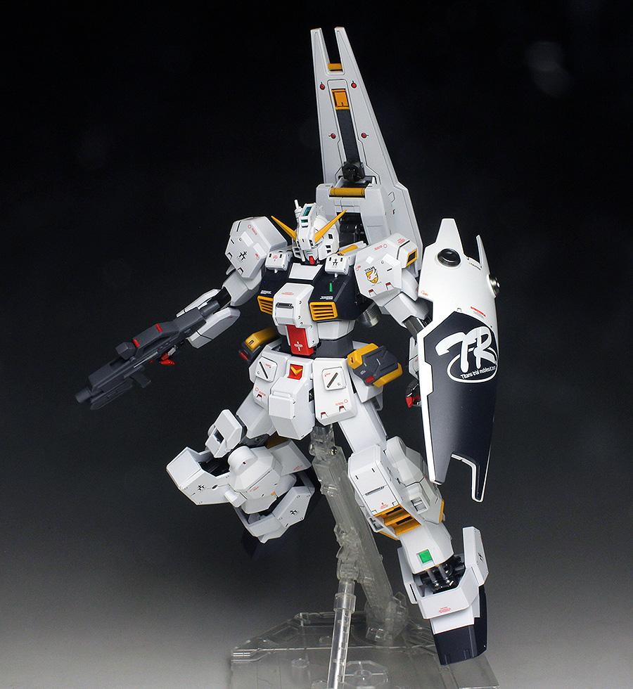 [WORK REVIEW] P-Bandai MG 1/100 GUNDAM TR-1 HAZEL CUSTOM painted build
