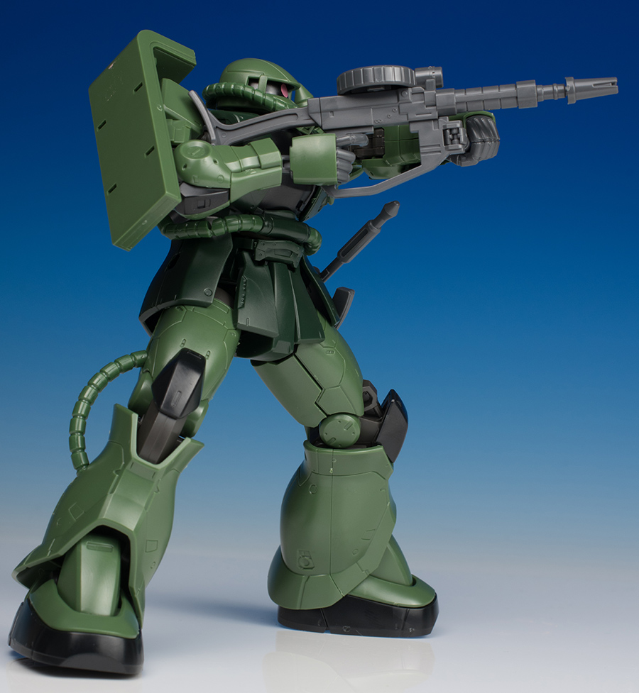 [FULL REVIEW] HGGTO 1/144 MS-06C ZAKU II TYPE C / TYPE C-5 (many Images)