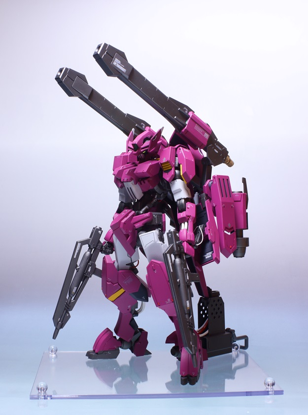 SOMA's 1/100 ASW-G-64 Gundam Flauros (四代目流星号) Custom. Photo Review