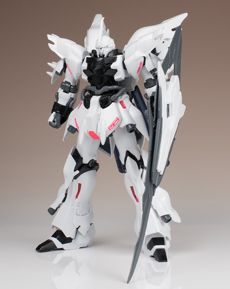 FULL REVIEW: P-Bandai HGBF 1/144 WEISS SINANJU G-QUEST'S MOBILE SUIT