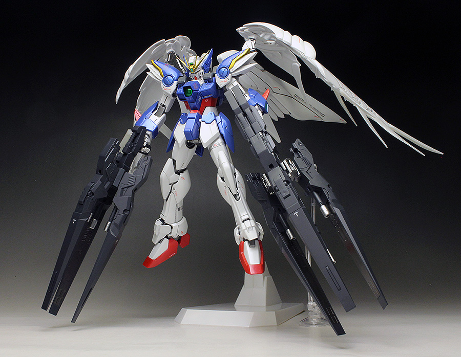 WORK REVIEW: P-Bandai MG 1/100 WING GUNDAM ZERO EW and DREI ZWERG [Special Coating] painted build, many images